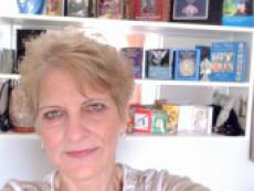 LorrainesTarot - Gipsy Card Reading and Tarot Reading